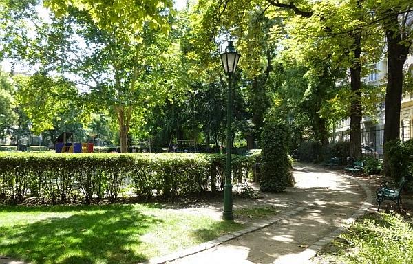 Károly kert